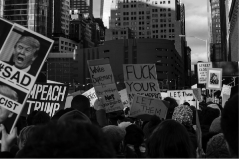 Image NYC Muslim ban protest, Jan. 30, 2017, in front of the Freedom Tower (Photo by Tiago dos Santos, USAF 2008-2012).