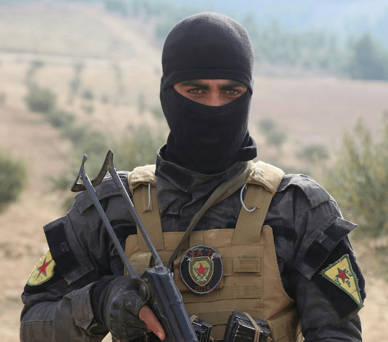 Image Kurdish YPG fighter