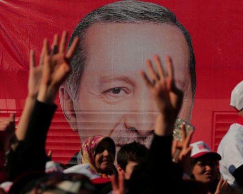 Image main Erdogan