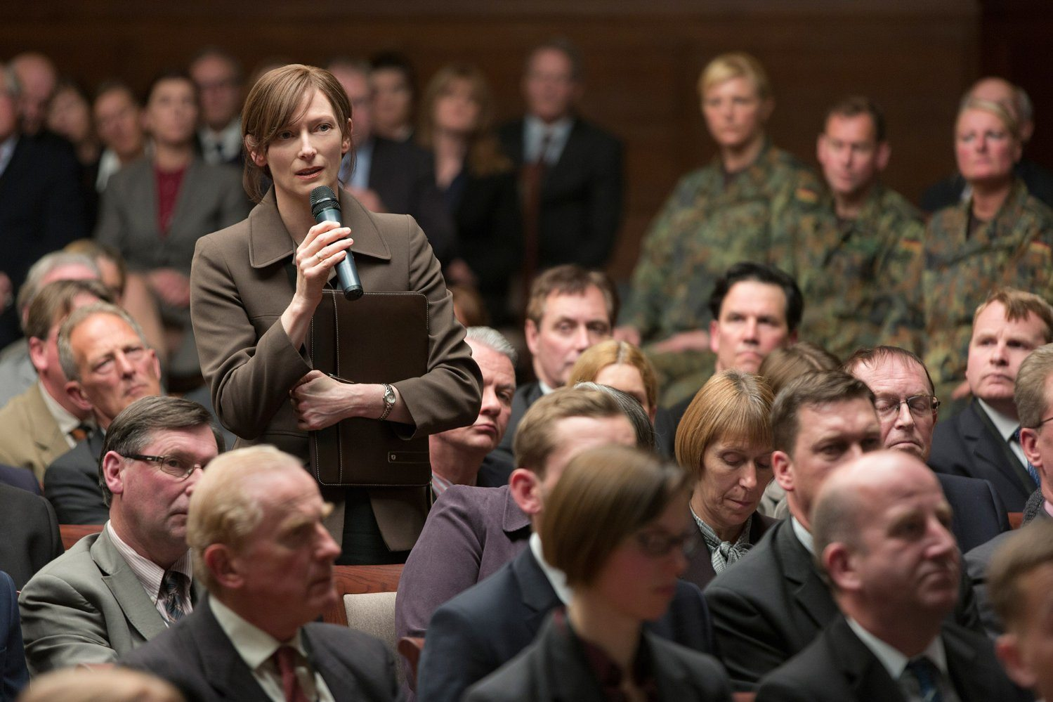 Tilda Swinton, in 'War Machine' (2017)